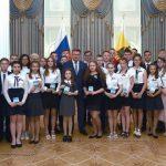 Кораблинским школьникам вручил паспорта Губернатор Рязанской области