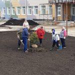 Начались работы по благоустройству территории Незнановской школы, которая откроется 1 сентября 2020 года